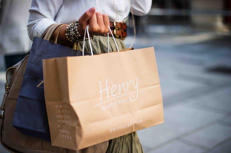 Få rabatter på över 300 butiker online